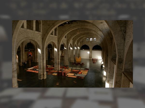 0_franz-erhard-walther-au-capc-musee-d-art-contemporain-de-bordeaux