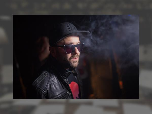 0_gramatik-the-geek-x-vrv