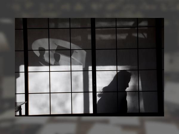 0_hikari-regards-croises-sur-le-japon