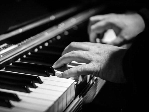 CMF piano