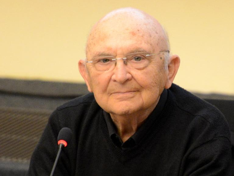 Aharon Appelfeld Par Jwh at Wikipedia Luxembourg, CC BY-SA 3.0 lu.jpg
