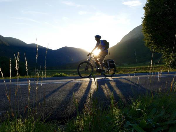 Bicyclette-voyage-route.jpg