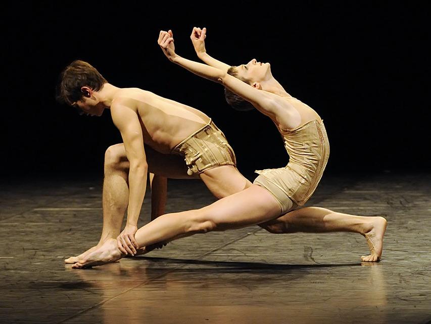 danse-20180627-Kylian-Petite-mort-by-Sigrid-Colomyes-6360_0.jpg