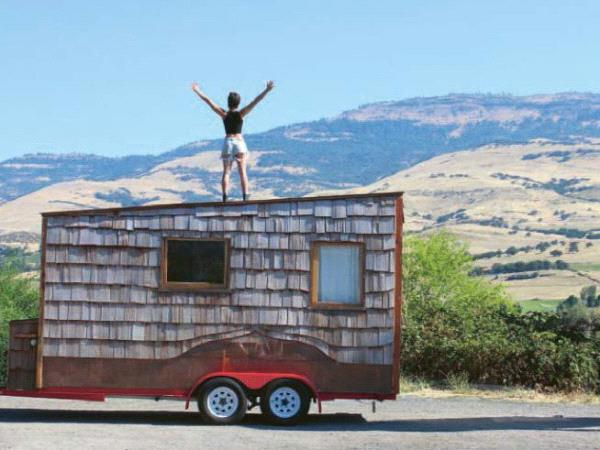 Off Grid Life / Foster  Huntington / LittleBrown Editions