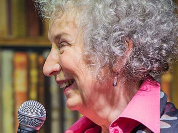 Margaret Atwood Man Booker Prize 2019