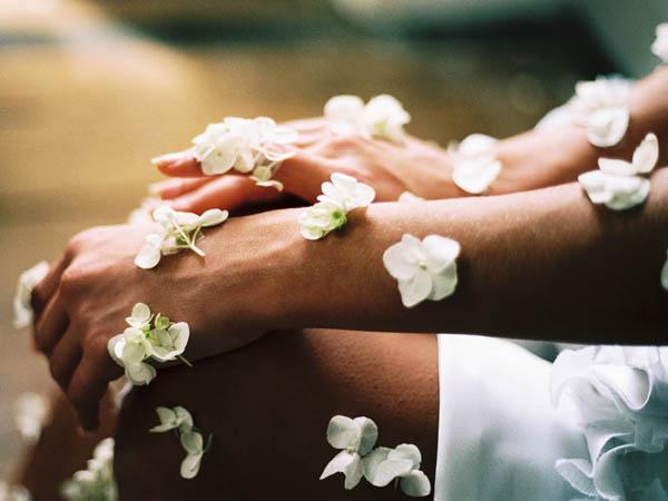 massage-sophrologie-relaxation-bien-etre-livre-librairie-mollat.002.jpg
