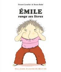 Emile, Emile range ses livres : compilation 10 titres