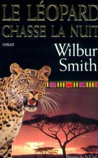 Le léopard chasse la nuit
