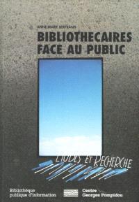 Bibliothécaires face au public