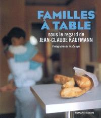 Familles à table