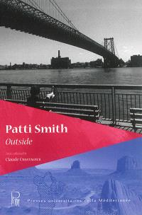 Patti Smith : outside