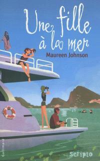 Une fille à la mer