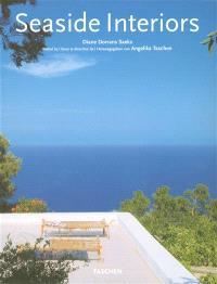 Seaside interiors = Intérieurs de la côte = Häuser am Meer