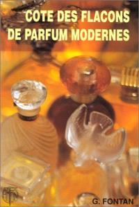 Cotes des flacons de parfum modernes