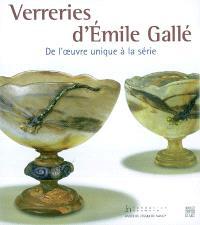 Verreries d'Emile Gallé : de l'oeuvre unique à la série : exposition, Nancy, Musée de l'école de Nancy, du 12 mai au 15 août 2004 ; Gingins (Suisse), Fondation Neumann, du 2 septembre au 12 décembre 2004