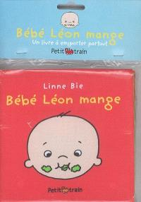Bébé Léon mange