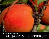 Au jardin fruitier : de tout près