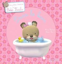 Bébé Koala, Dans le bain