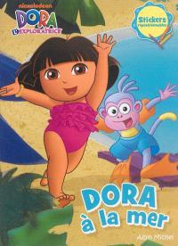 Dora à la mer