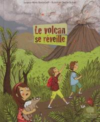 Le volcan se réveille
