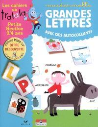Grandes lettres avec des autocollants, maternelle petite section, 3-4 ans