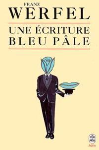 Une écriture bleu pâle