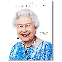 Her Majesty : a photographic history : 1926-today