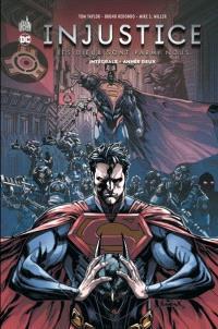 Injustice : les dieux sont parmi nous : intégrale. Volume 2, Année deux